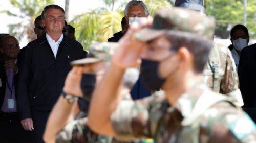 [Exército colocou capitães para coagir médicos militares a receitarem cloroquina]